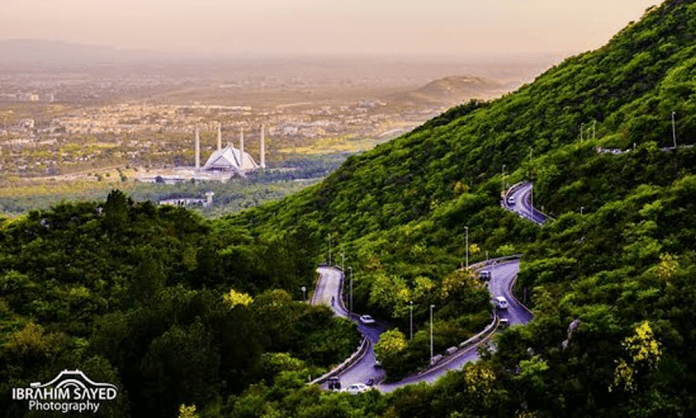 chairlift on Margalla HIlls Islamabad