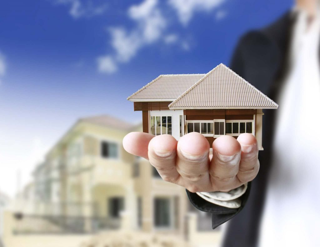 Reasons to invest in real estate. Why people invest in real estate, here are few reasons;