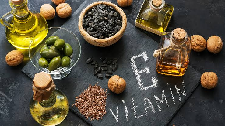 VITAMIN E OIL FOR SKIN AND HAIR